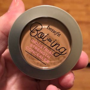 """Benefit """"Boiing"""" Concealer, Shade No 2. Brand new."""